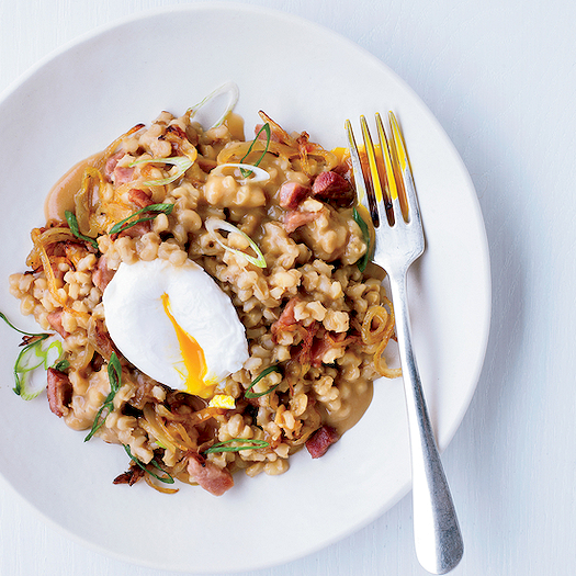 201403-xl-pearl-barley-porridge-with-ham-and-eggs